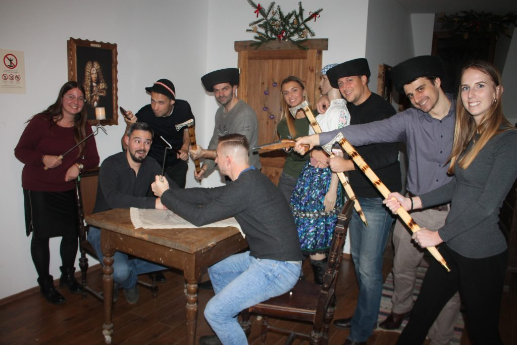 Teambuilding v Escape Room